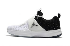 air jordan trainer 2 low sneaker 2 flyknit black white